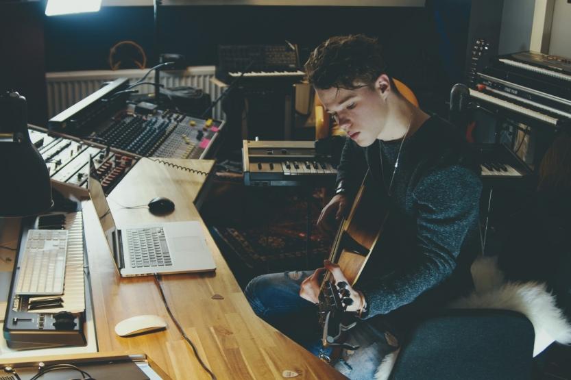 3 Killer Habits for Songwriting