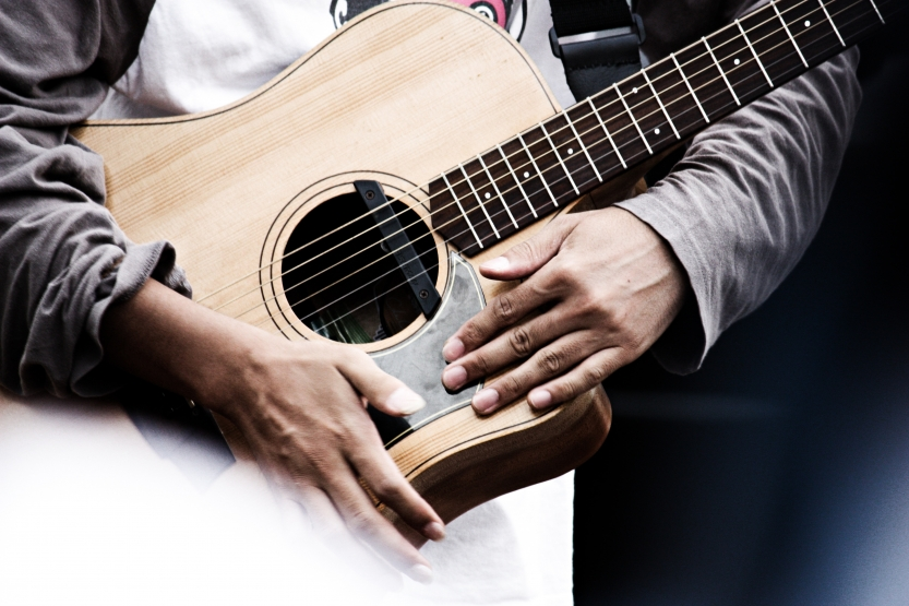 3 Great Acoustic Guitars for Beginners
