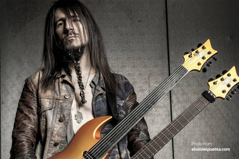 Playing the Fretless Guitar feat. Bumblefoot