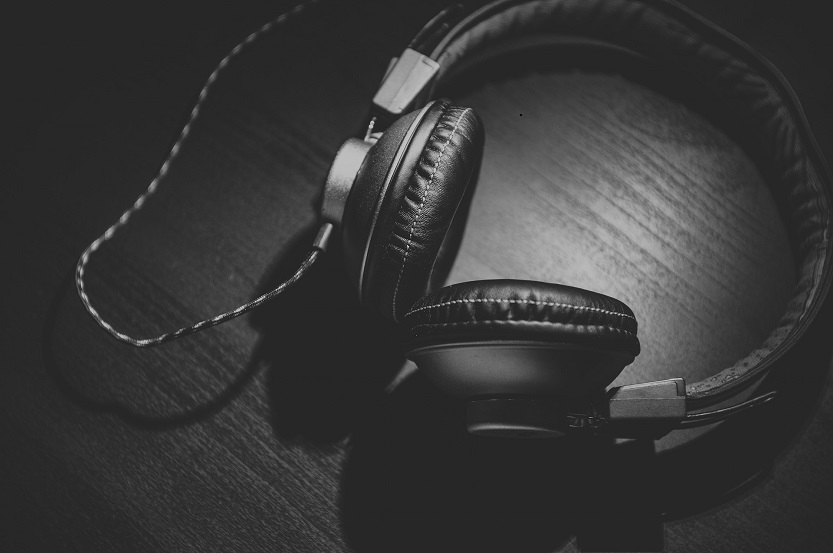 How to Get People to Listen to Your Music: 10 Ways to Promote Your Tunes