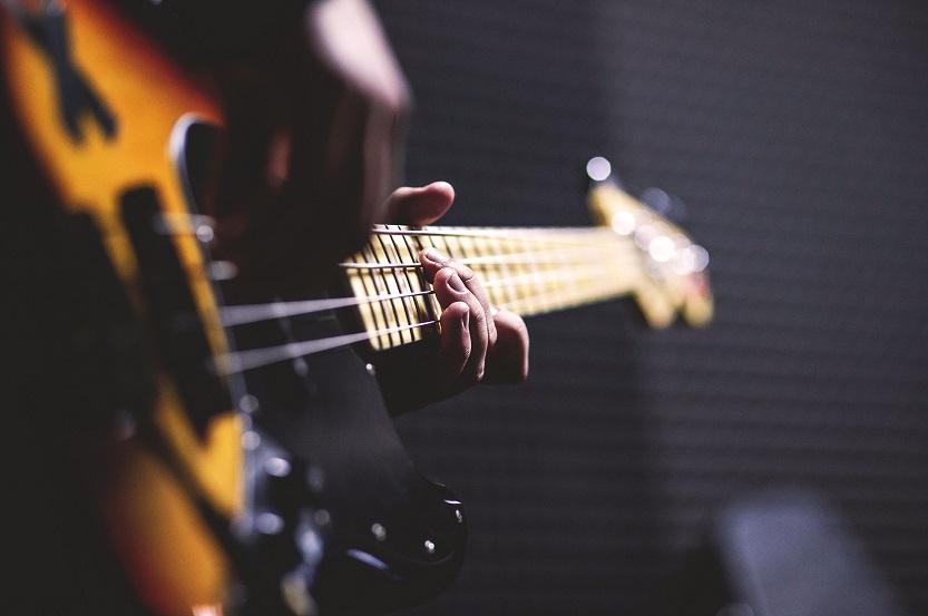 Bass Guitar Setup and Stringing: A Comprehensive Guide for Musicians