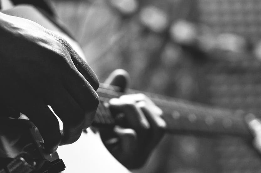 The Do's and Don'ts of Guitar Finger Exercises – Roadie's Guide to Guitar Warm-ups