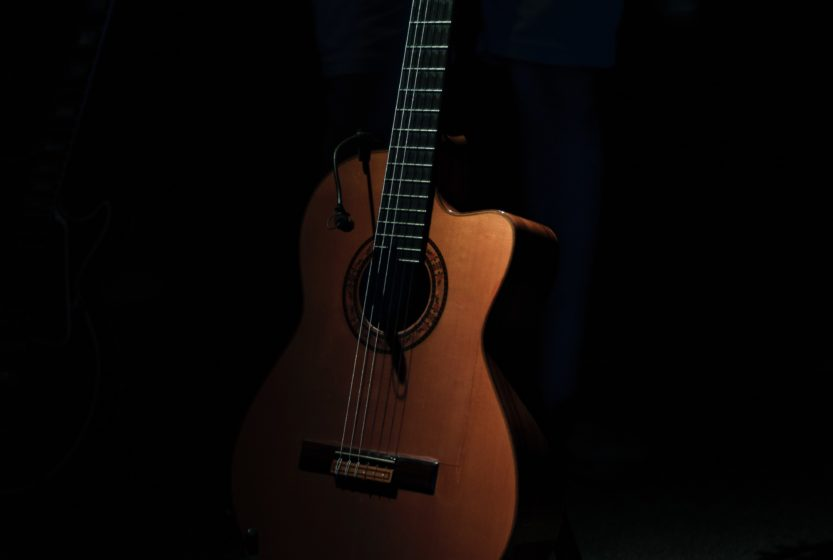 A Quick Guide to Acoustic Guitar Shapes: Here's What You Need to Know